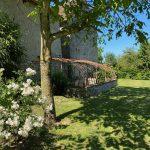 Découvre près de 500 variétés de roses aux Jardins de Roquelin à Meung-sur-Loire.